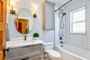 Łazienka mała – 8 sposobów na maksymalne wykorzystanie