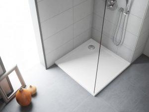Jaki brodzik należy wybrać do naszej łazienki? Akryl czy żywica kamienna?