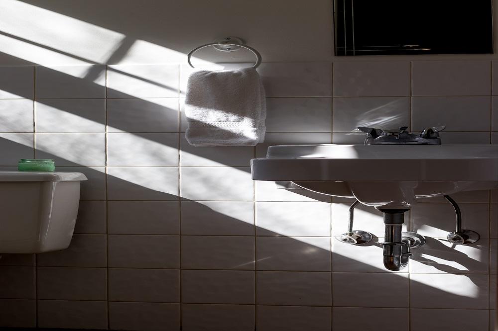 Łazienka w stylu industrialnym: Trend retro, który ma duży wpływ na współczesny wystrój wnętrz