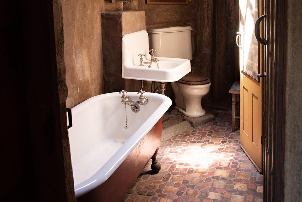 Warto wiedzieć: Porady dotyczące projektu łazienkowego.