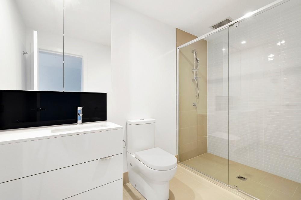 Rodzaje kabin prysznicowych – Który jest dla Ciebie?