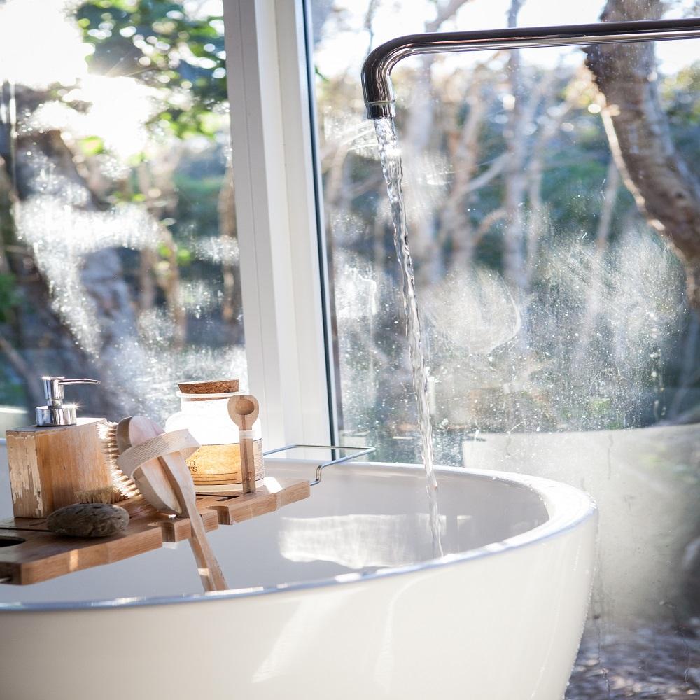 Jak inteligentna technologia wprowadza się w nasze łazienki
